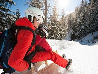 Winter vacation Stubaital | Tobogganing | Hotel Wiesenhof Mieders Tyrol