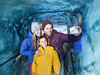 Winter vacation Stubaital | Ice Cave | Hotel Wiesenhof Mieders Tyrol