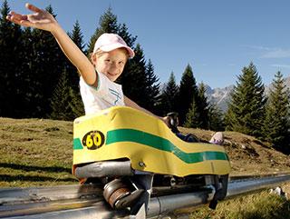 Sommerurlaub Stubaital | Sommerrodelbahn | Serlesbahnen | Hotel Wiesenhof Mieders, Tirol